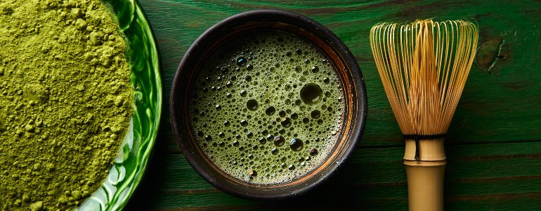 Abnehmtees Matcha Tee Ingwertee und Gruener Tee