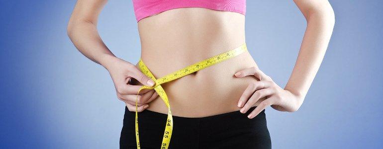 Inneres Bauchfett verieren - Die 4 besten Tipps für einen straffen Bauch