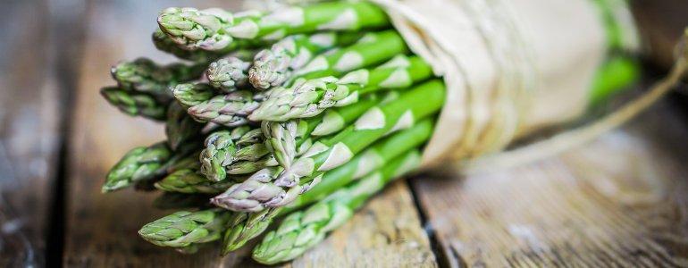 Grüner Spargel zur Rohkostdiät